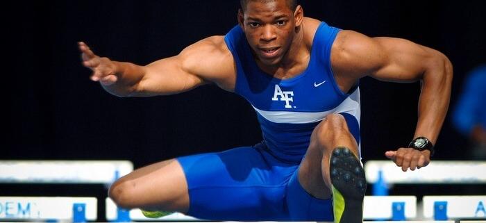 track runner