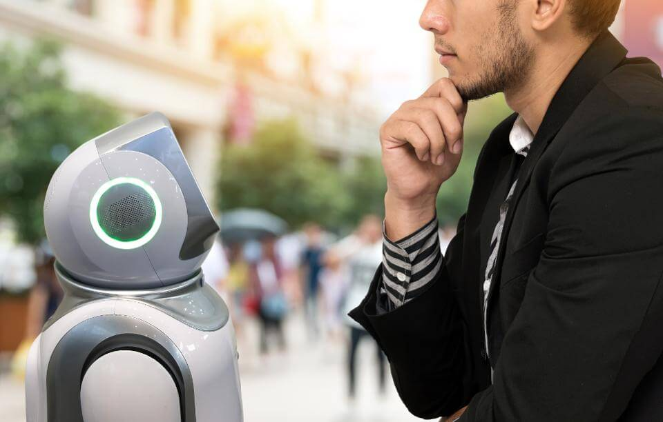 Recruiting By Chatbot: 4 Ways HR Tech Can Take Us Higher