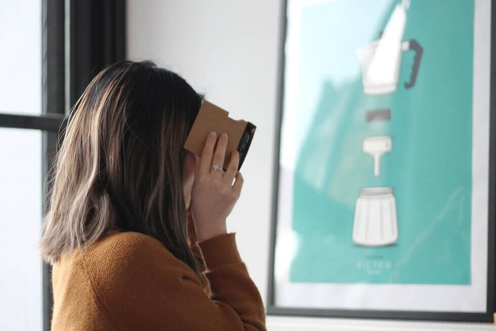 Virtual Reality Adds New Dimension to Employee Recruiting